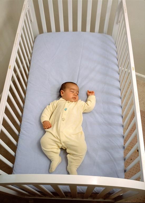 safe crib 2